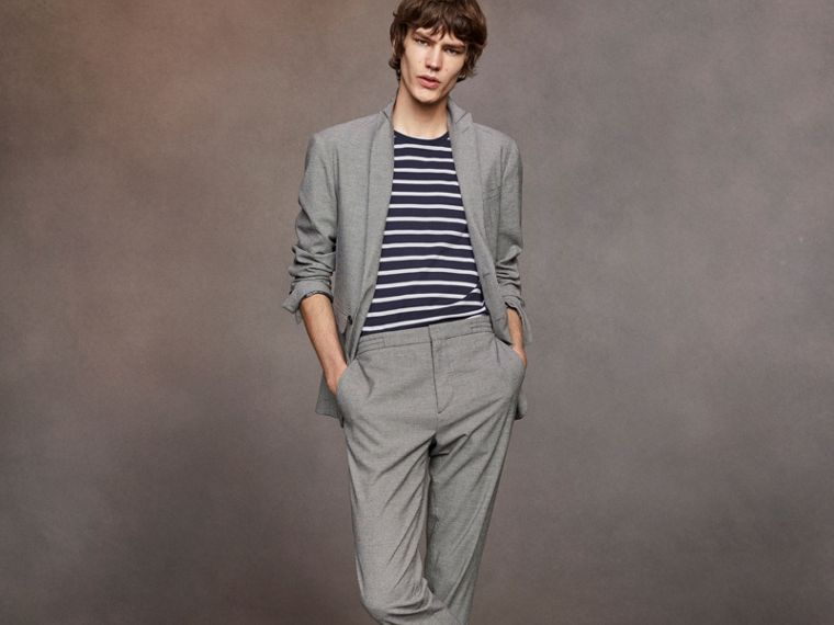 Micro Houndstooth Cotton Wool Blend Drawstring Trousers in Charcoal - Men | Burberry Australia - cell image 4