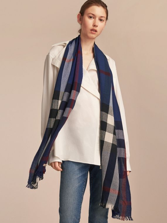 Lightweight Check Wool Cashmere Scarf in Navy - cell image 2
