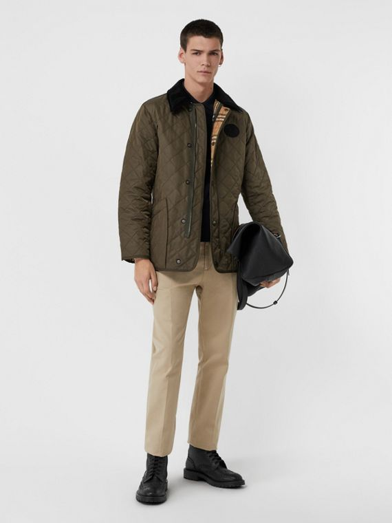 Diamond Quilted Thermoregulated Barn Jacket in Dark Olive