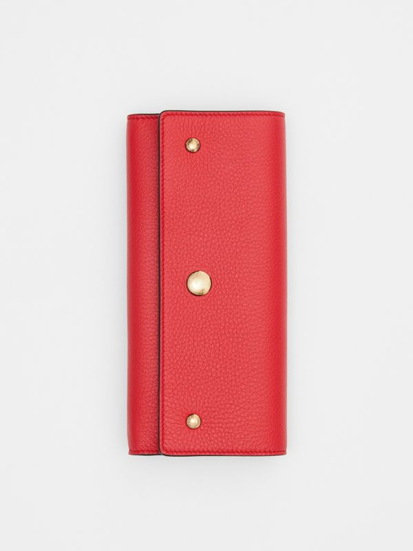 Grainy Leather Continental Wallet in Bright Military Red - Women | Burberry - cell image 3