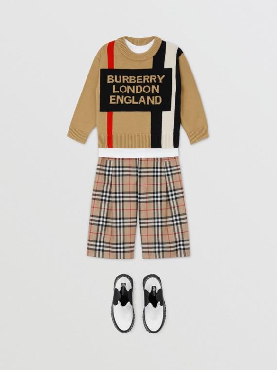 Pull en laine avec rayures iconiques et logo en intarsia (Beige D'archive)