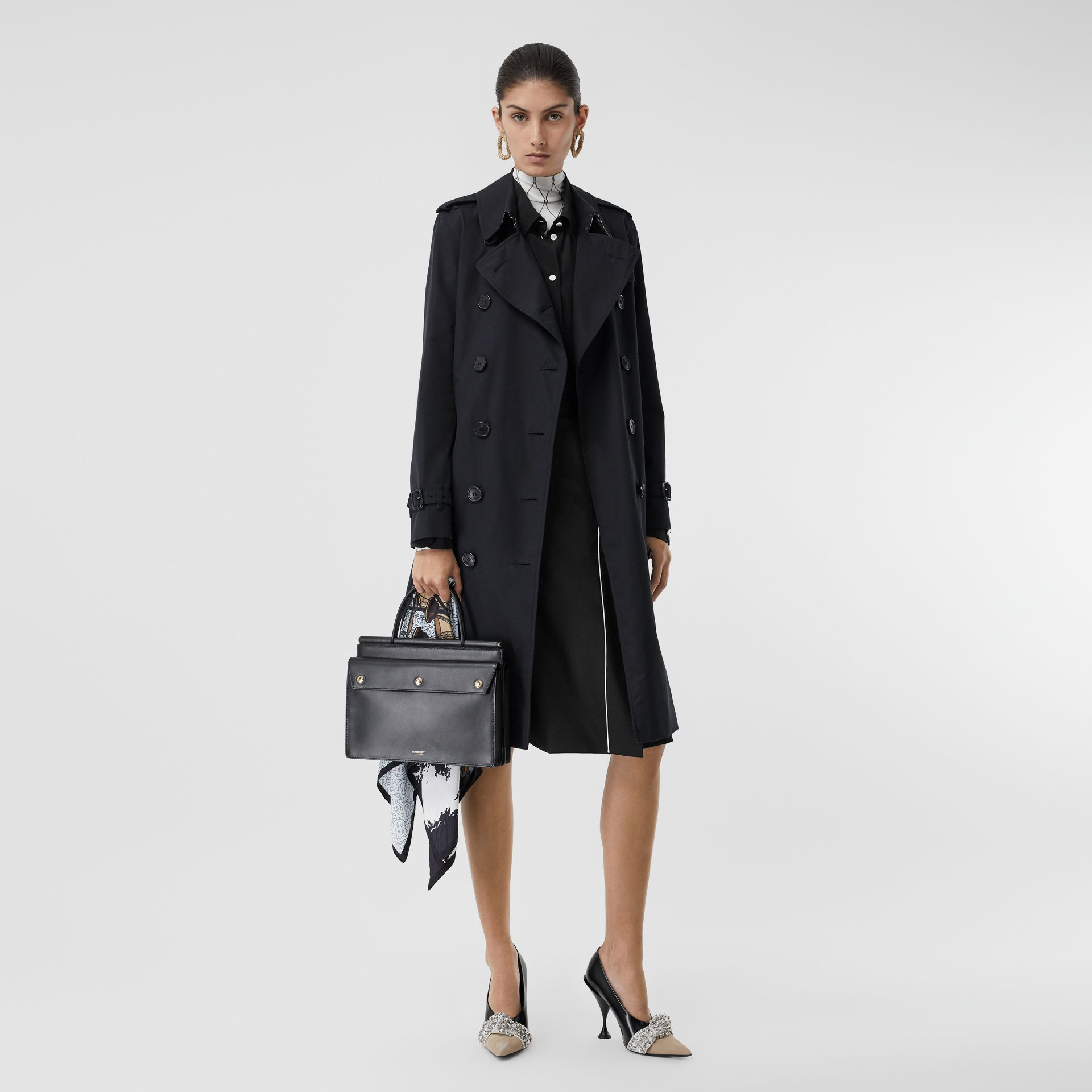 The Long Kensington Heritage Trench Coat in Midnight - Women | Burberry - gallery image 0