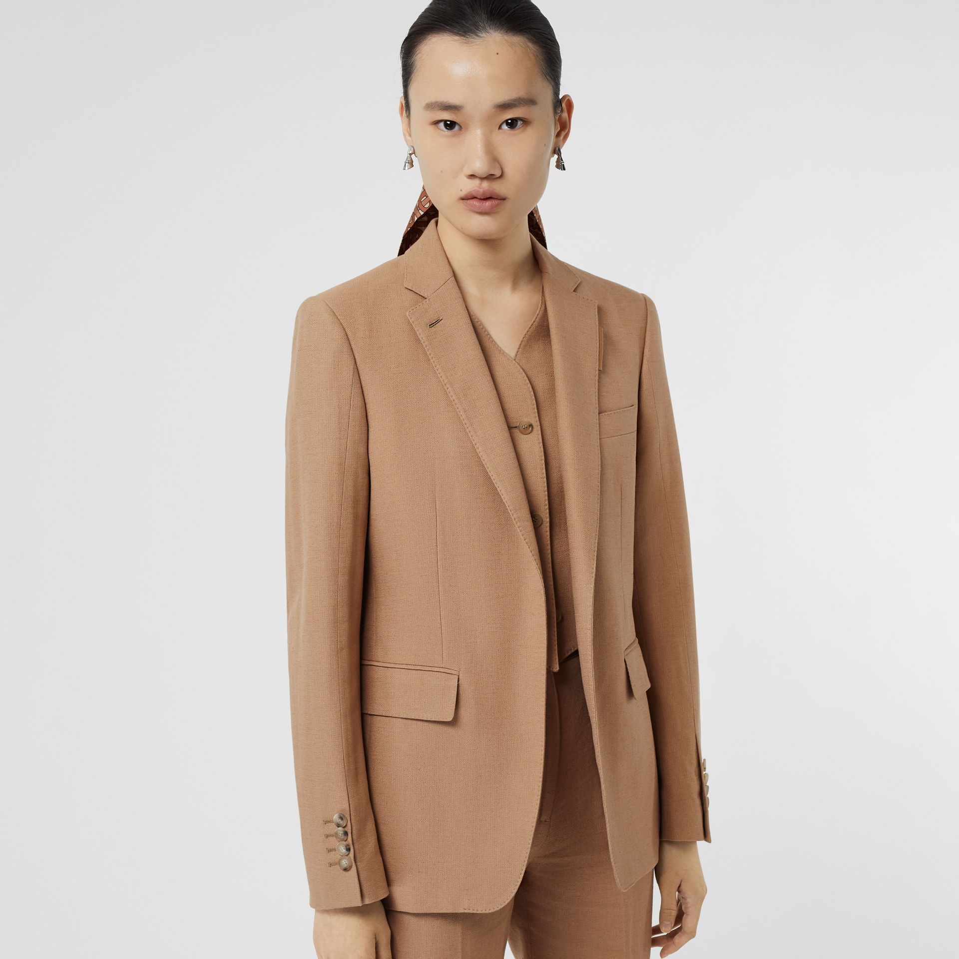 Vest Detail Cotton Linen Tailored Jacket in Ceramic Brown - Women | Burberry Canada - gallery image 4