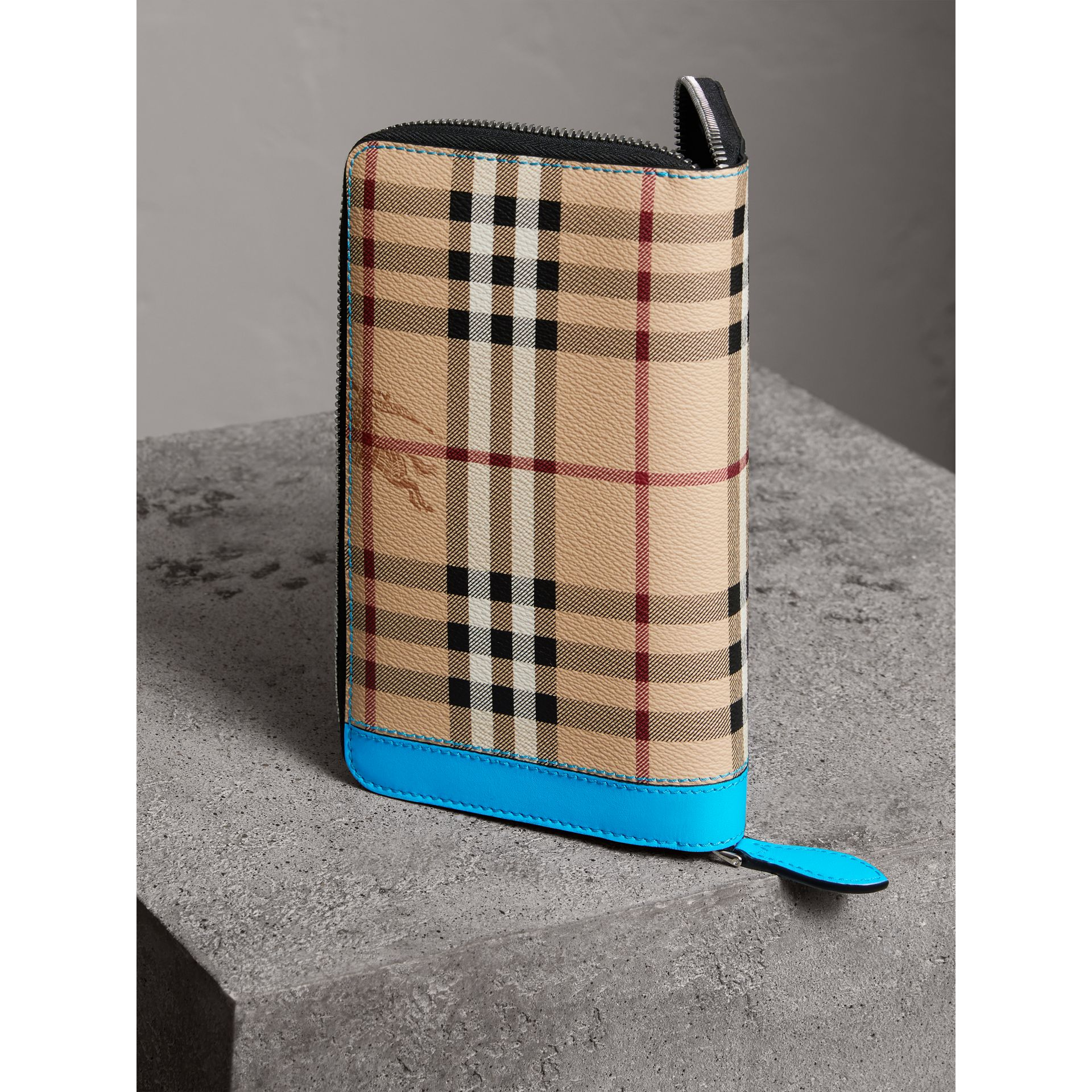 Haymarket Check and Leather Ziparound Wallet in Bright Blue - Men | Burberry Australia - gallery image 2