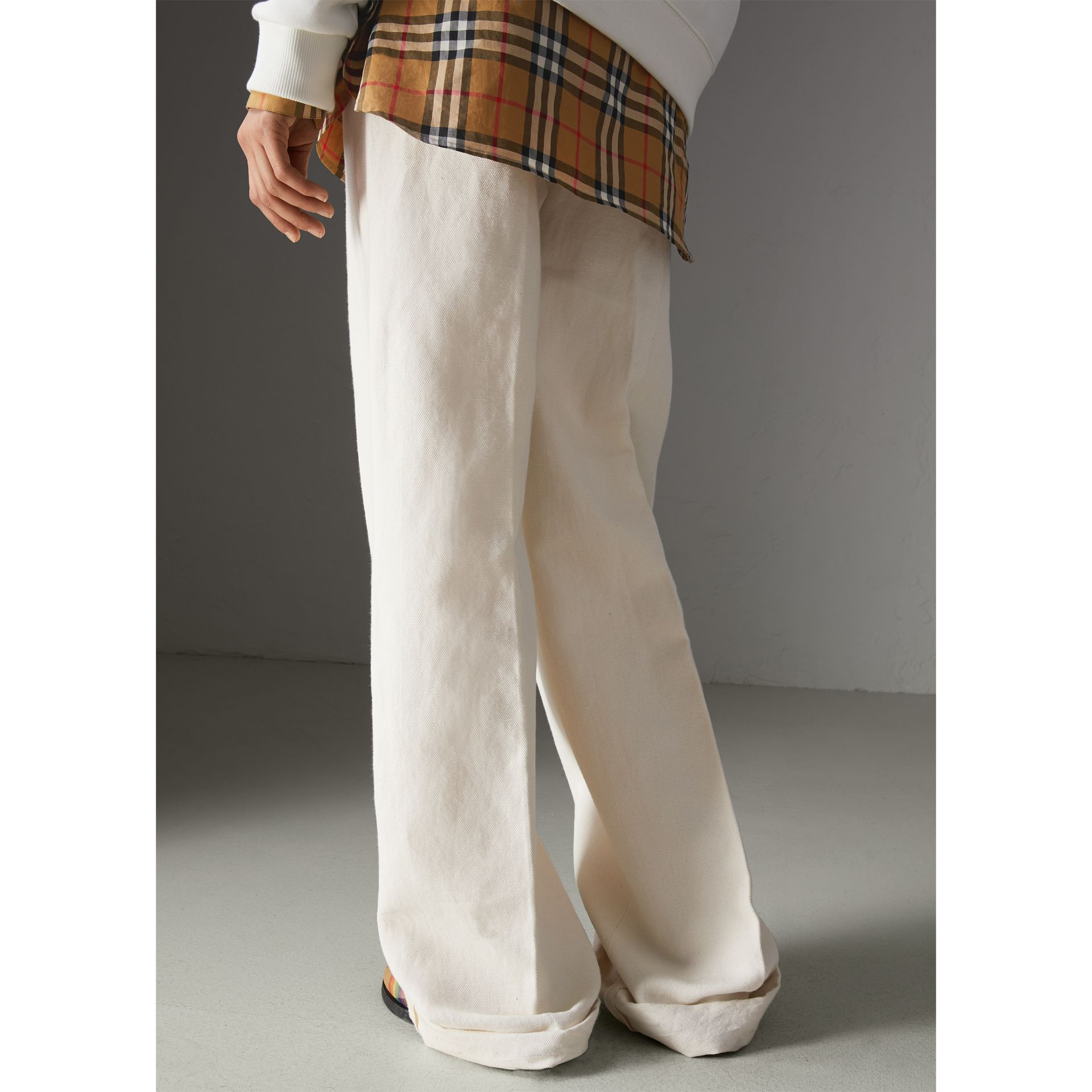 Cotton Linen Canvas Wide-leg Trousers in Off White - Women | Burberry - gallery image 2
