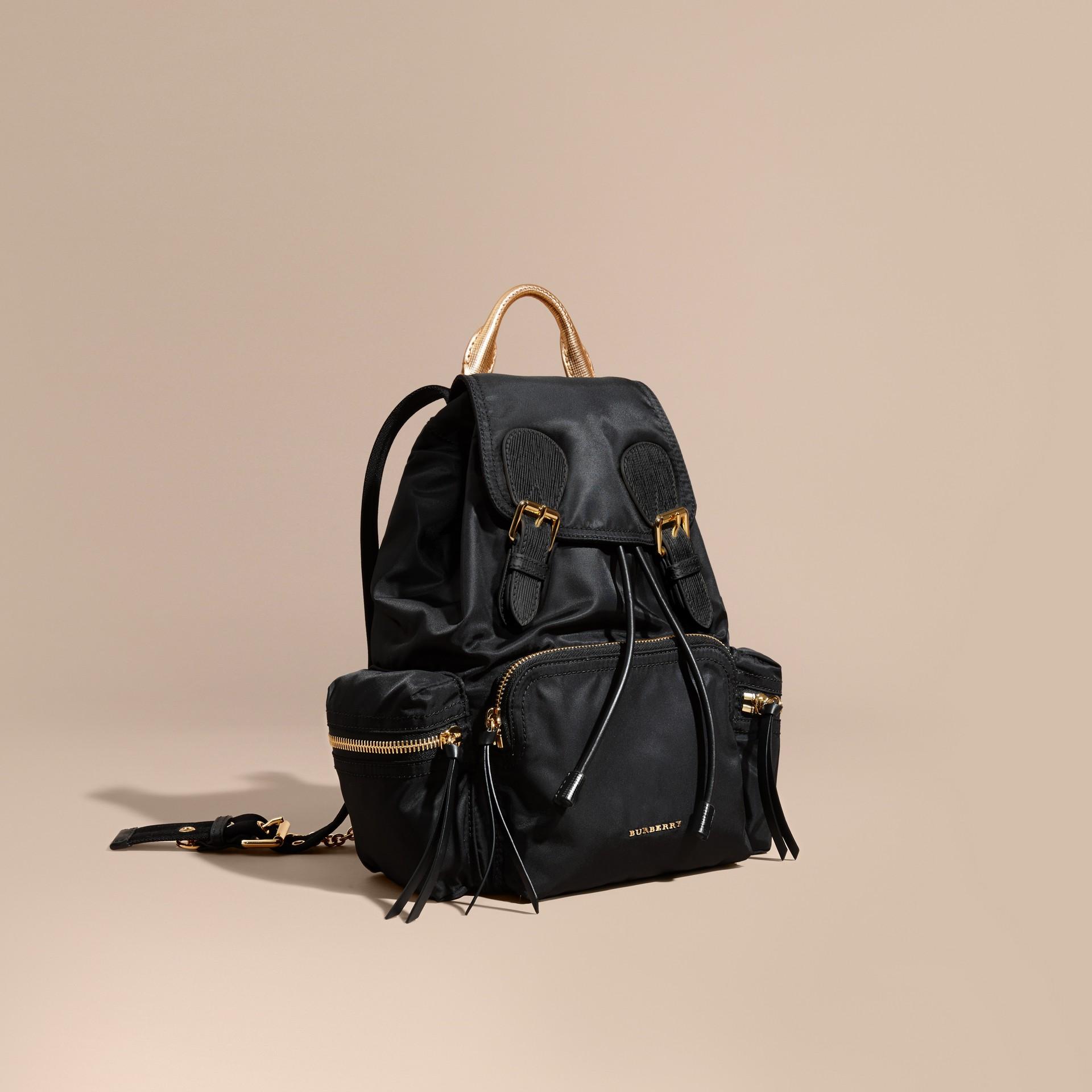 Nero/oro Zaino The Rucksack medio in nylon bicolore e pelle Nero/oro - immagine della galleria 1
