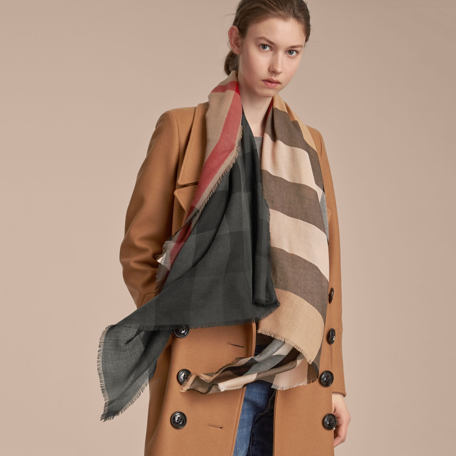 The Lightweight Cashmere Scarf in Ombré Check in Camel/black | Burberry Australia - gallery image 3