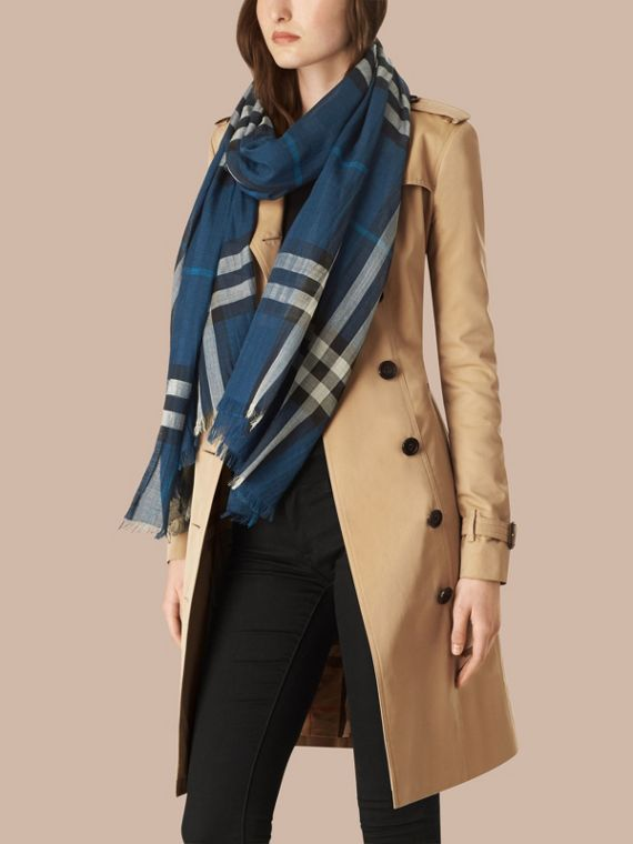 Marine blue Lightweight Check Wool and Silk Scarf Marine Blue - cell image 2