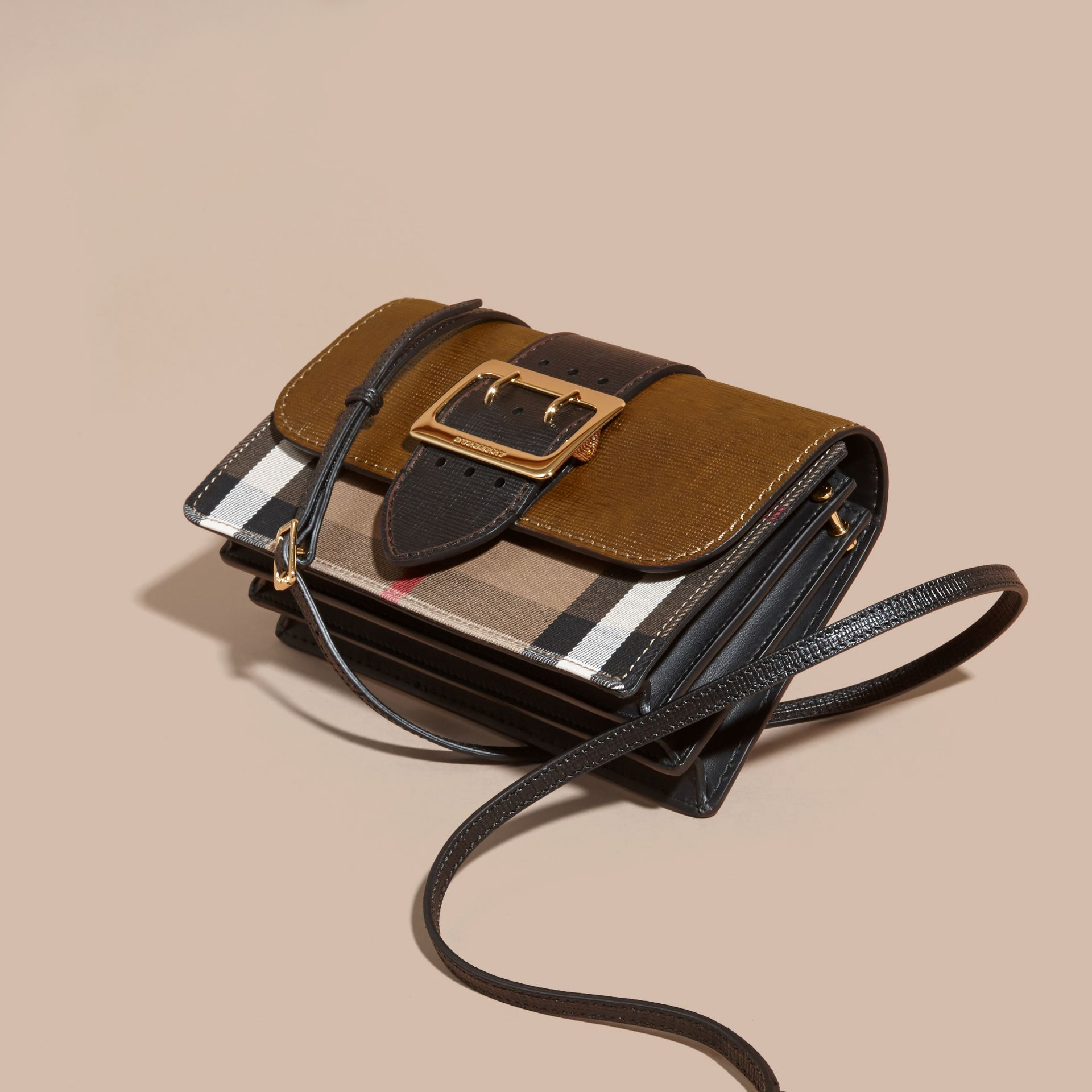 The Medium Buckle Bag in House Check and Textured Leather Tan/black - gallery image 8