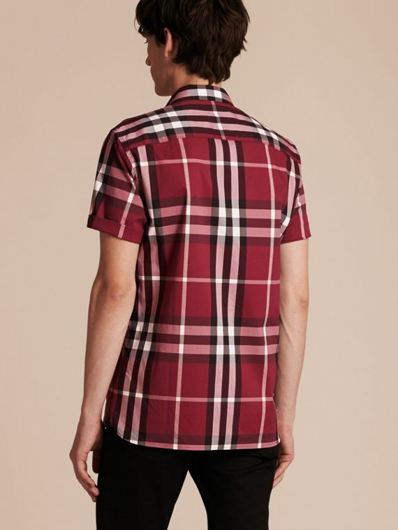 Short-sleeved Check Stretch Cotton Shirt in Plum Pink - Men | Burberry - cell image 2