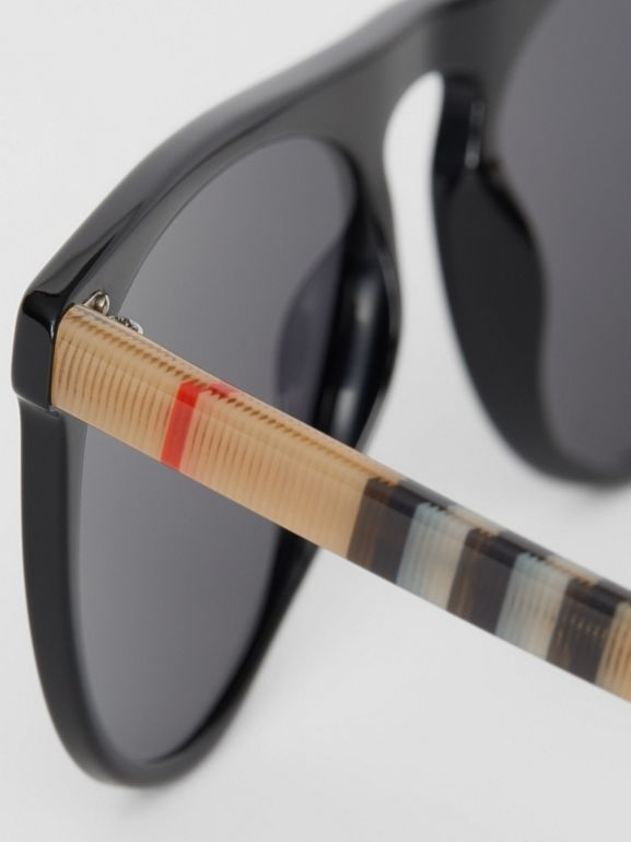 Vintage Check Detail Keyhole D-shaped Sunglasses in Black/beige - Men | Burberry - cell image 1