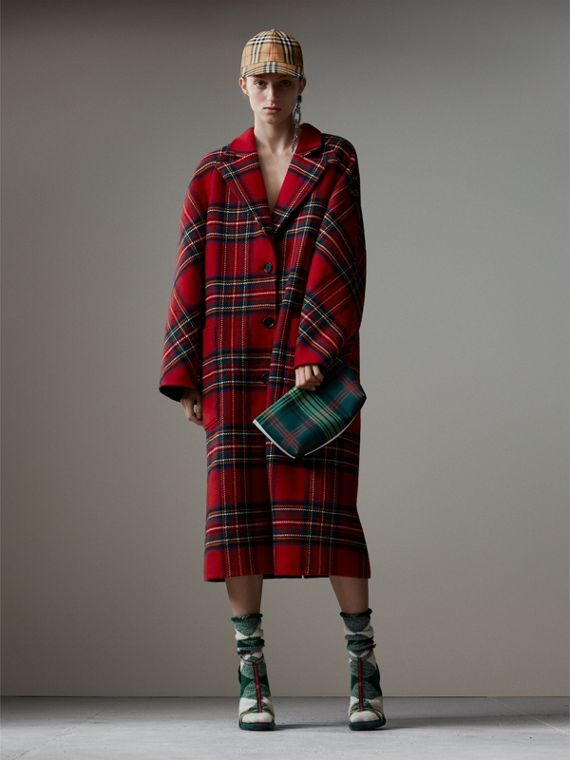 Tartan Double-faced Wool Cashmere Oversized Coat in Bright Red/dark Grey