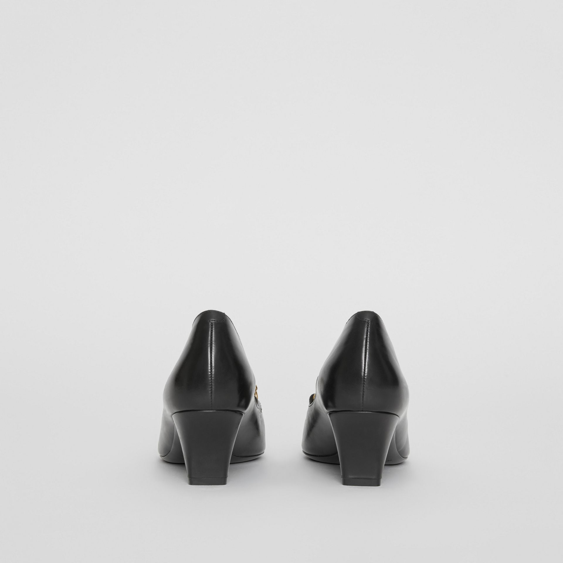 Link Detail Leather Pumps in Black - Women | Burberry - gallery image 4