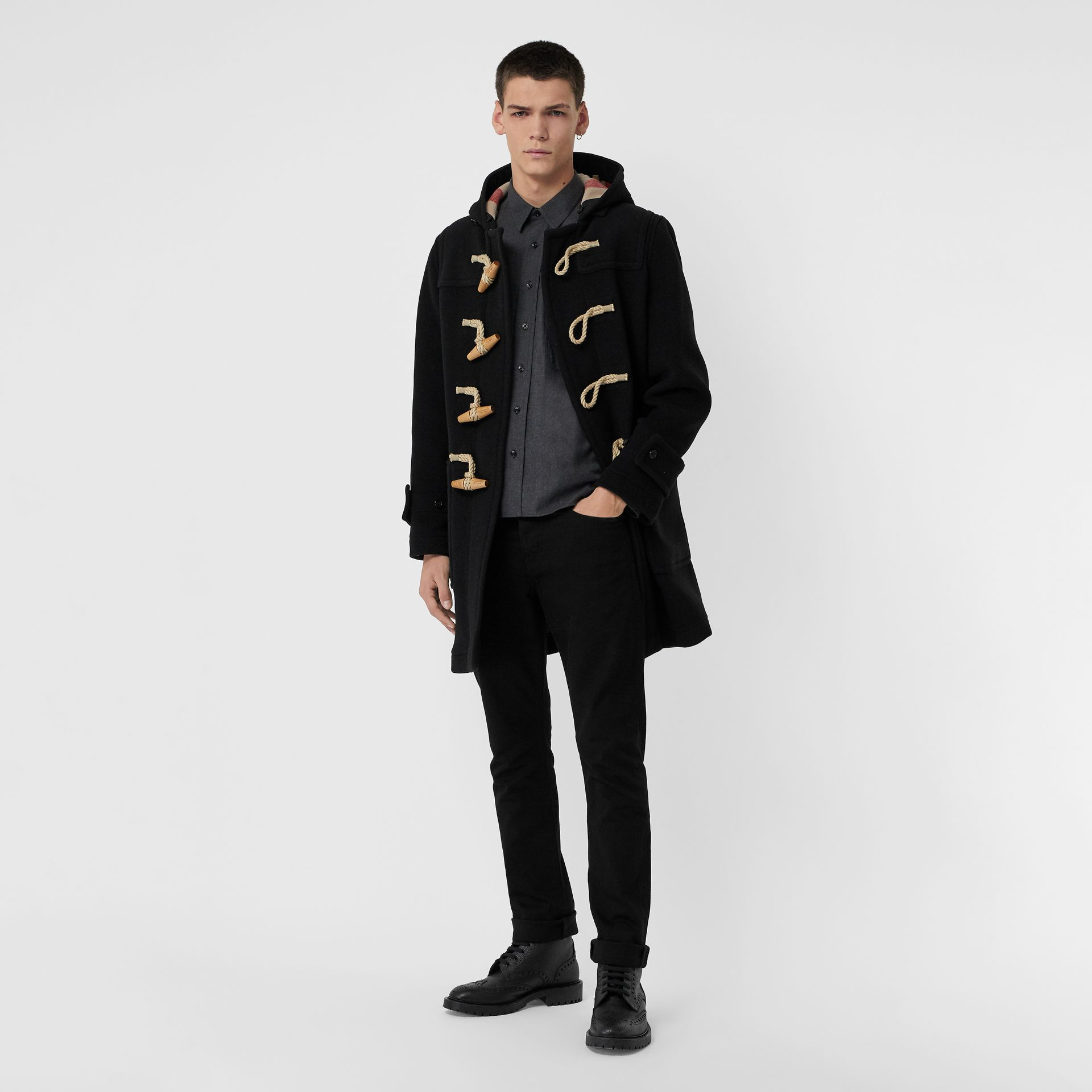 Jean denim extensible de coupe droite (Noir) - Homme | Burberry Canada - photo de la galerie 0
