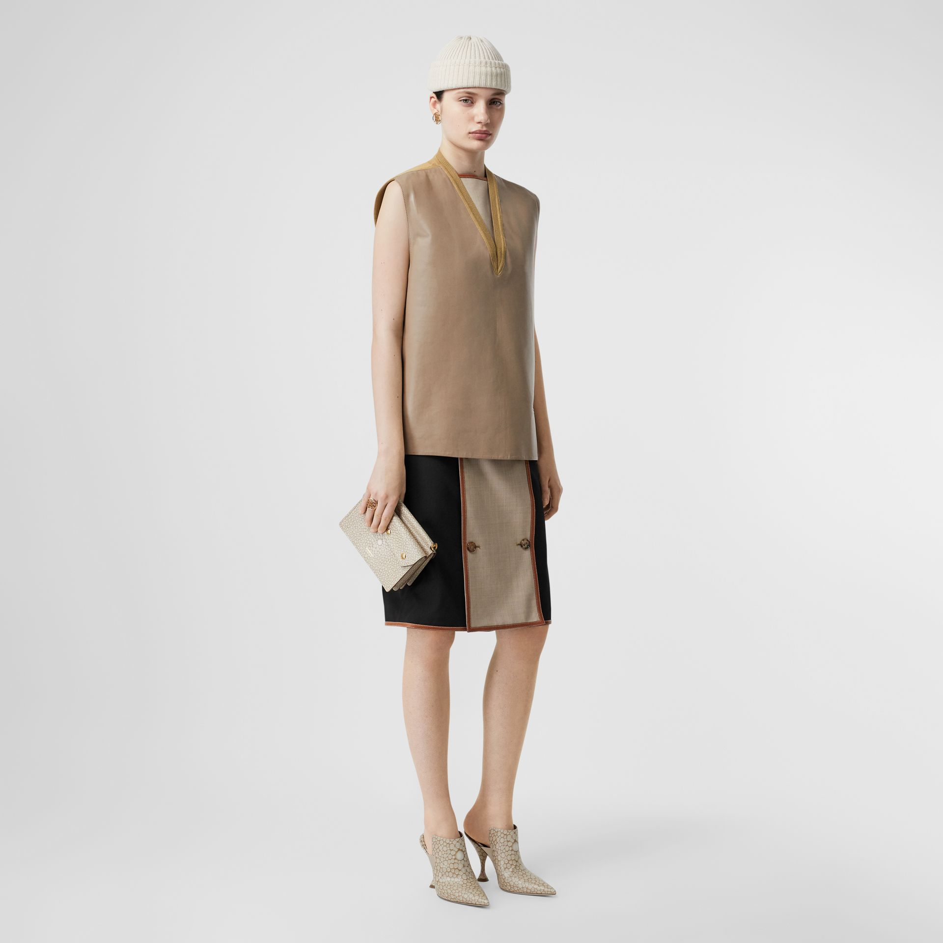 Bonded Lambskin and Wool Oversized Vest in Soft Fawn - Women | Burberry United States - gallery image 3