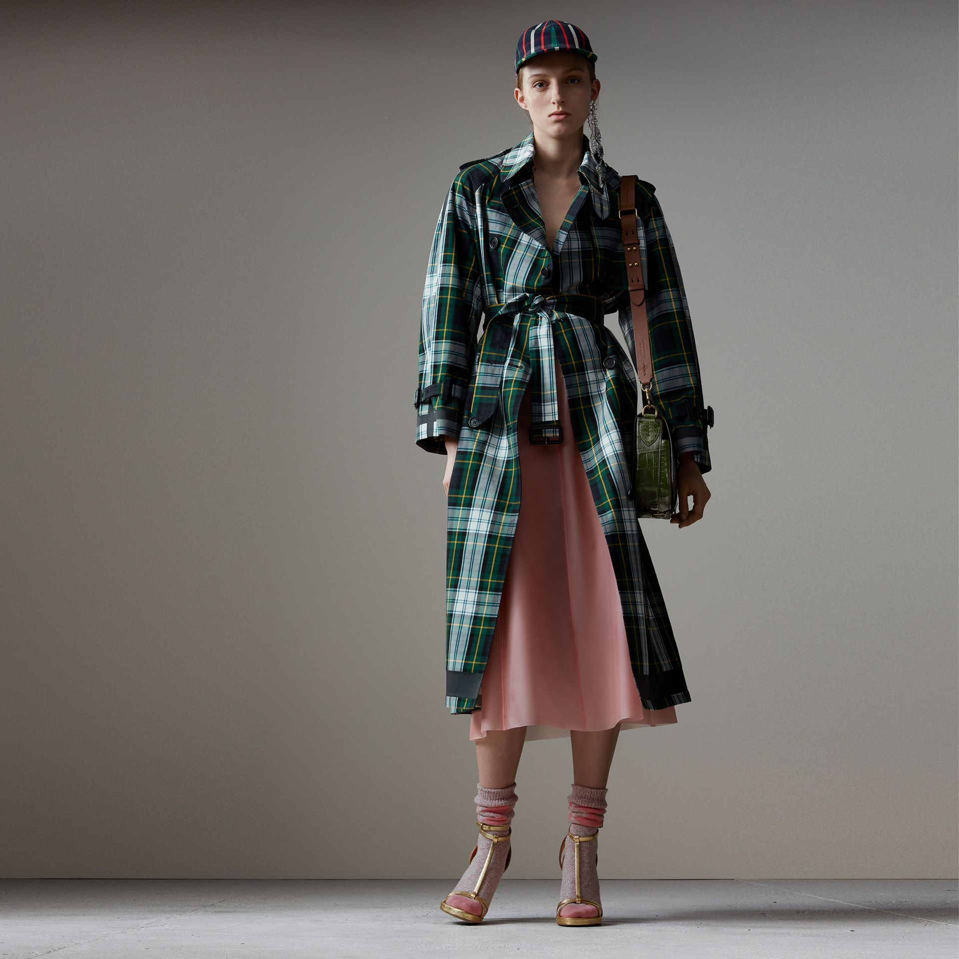 Tartan Cotton Gabardine Trench Coat in Ink Blue - Women | Burberry - gallery image 0