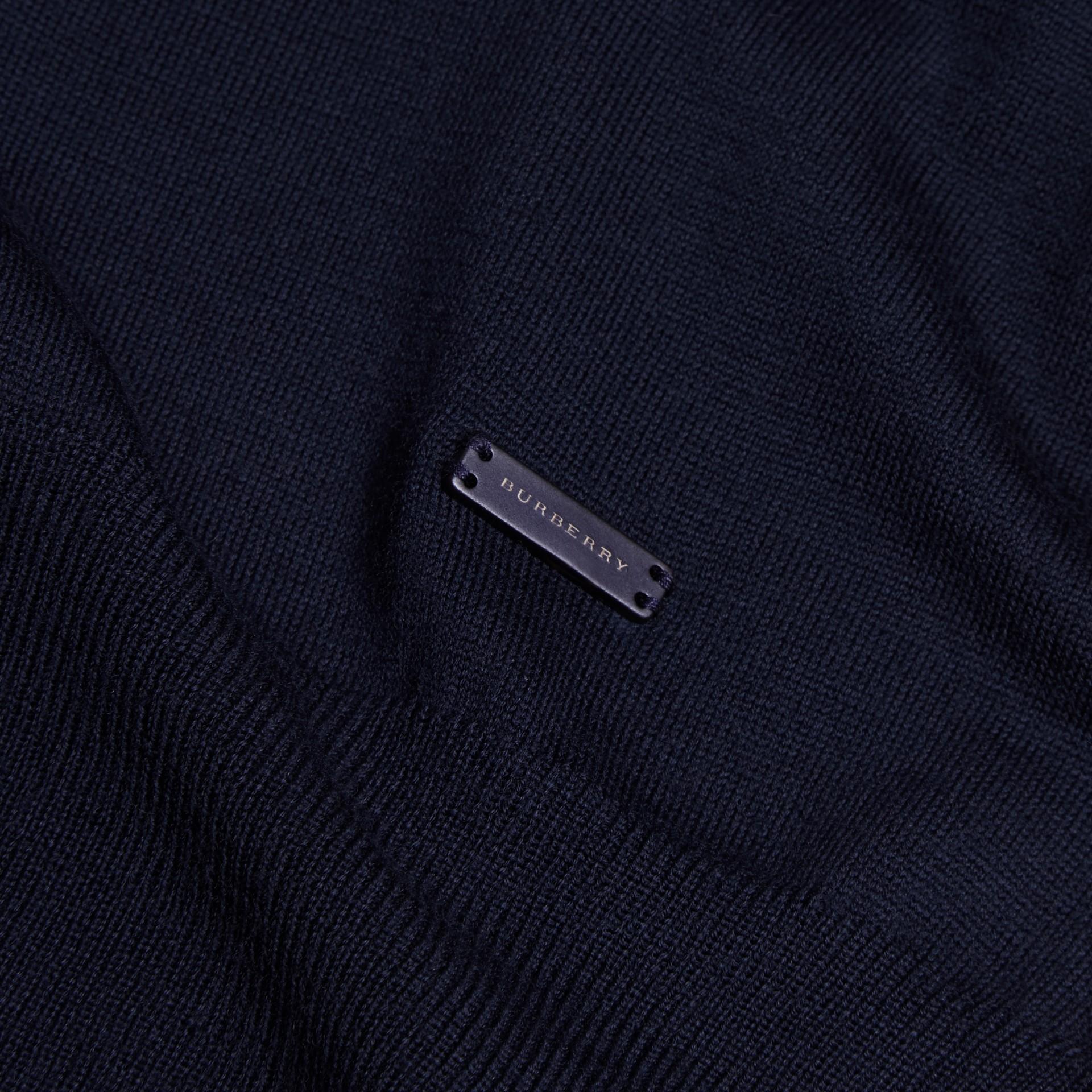 Marineblau Rollkragenpullover aus Merinowolle Marineblau - Galerie-Bild 2