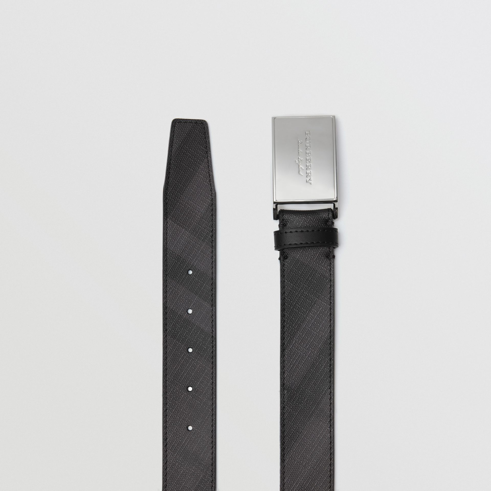 Plaque Buckle London Check  and Leather Belt in Charcoal/black - Men | Burberry - gallery image 4
