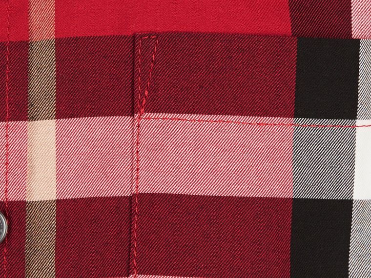 Short-sleeve Check Cotton Twill Shirt in Parade Red - Boy | Burberry - cell image 1