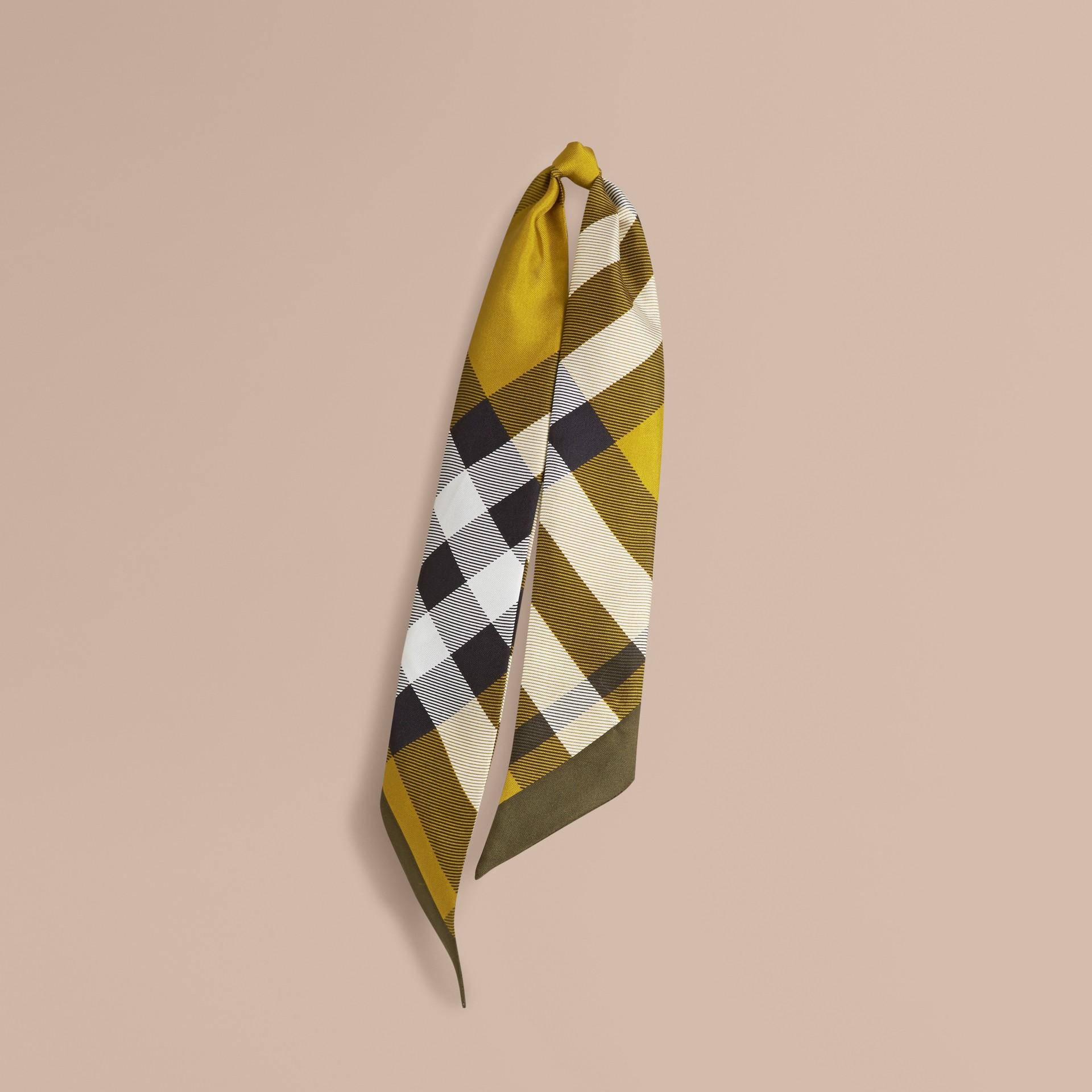 Lime scuro Sciarpa sottile in seta con stampa con motivo check Lime Scuro - immagine della galleria 1