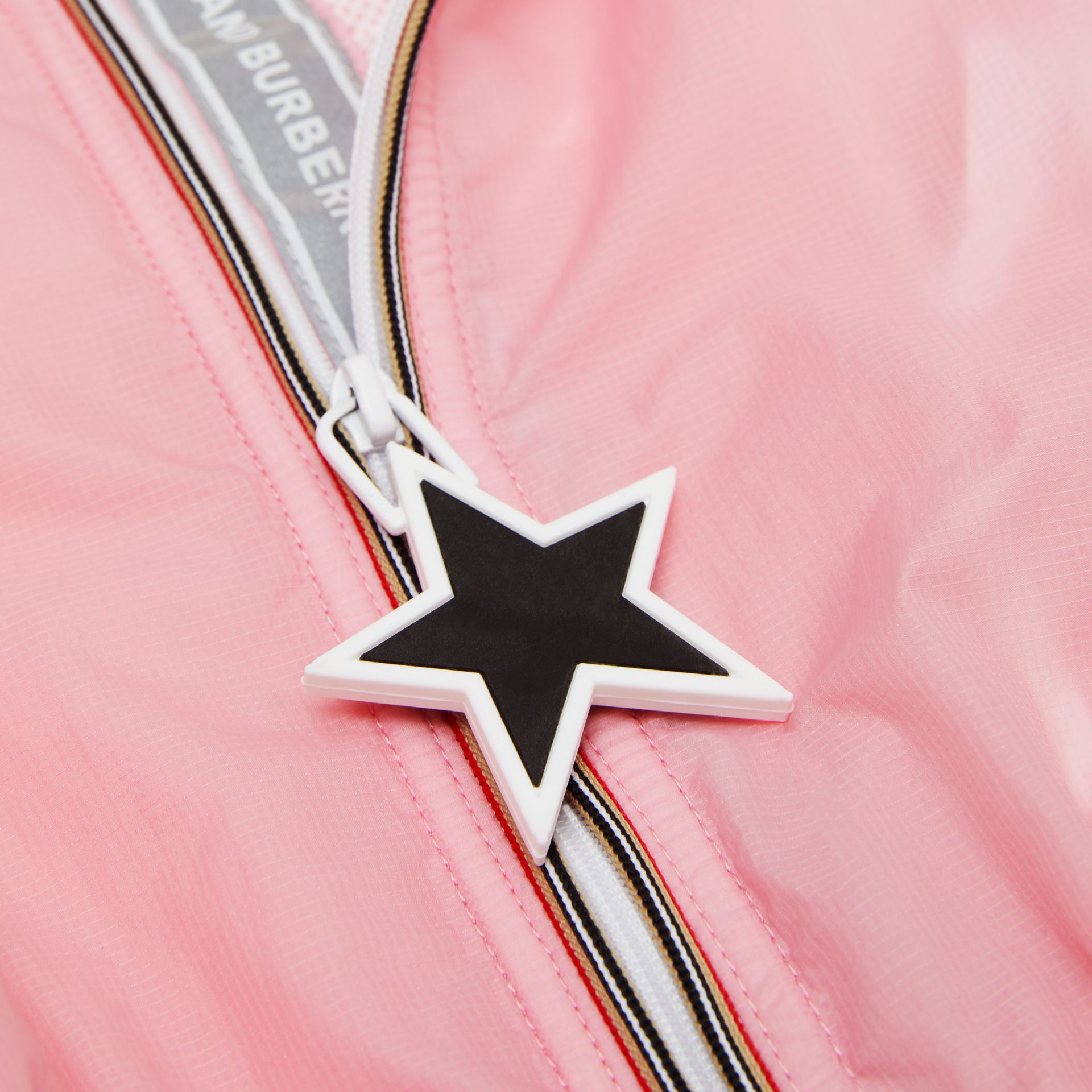 Star Detail Logo Print Lightweight Hooded Jacket in Candy Pink - Children | Burberry United Kingdom - gallery image 1