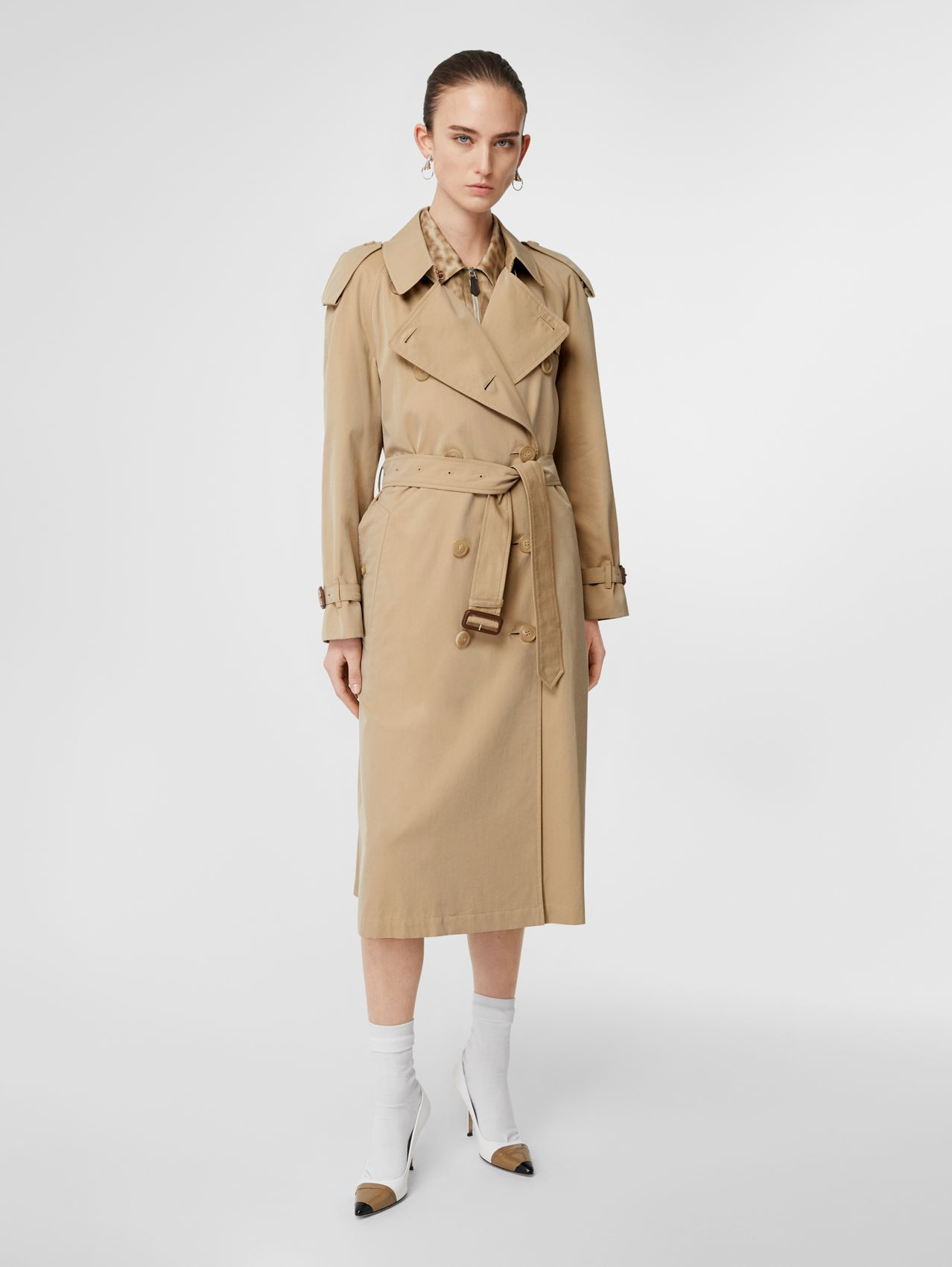 The Long Westminster Heritage Trench Coat in Honey