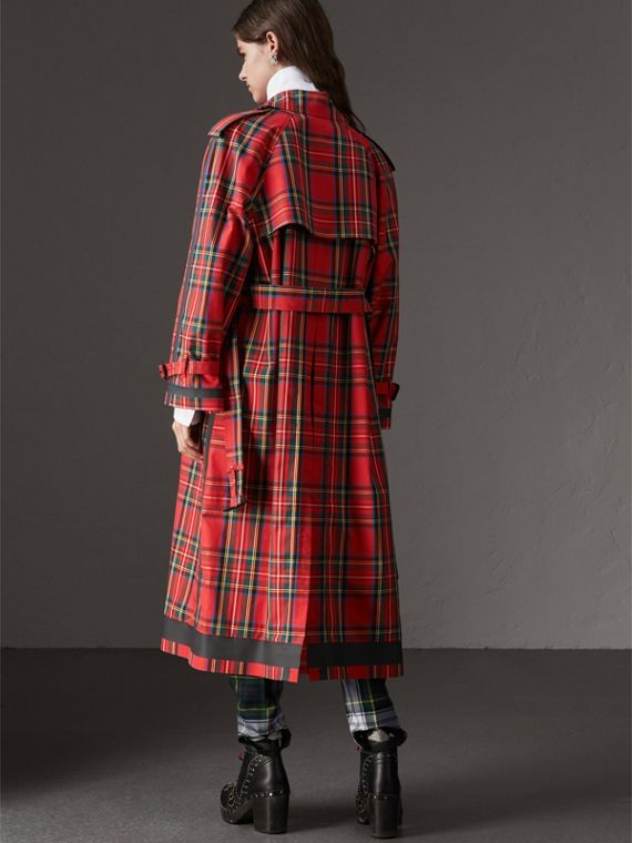 Tartan Cotton Gabardine Trench Coat in Bright Red - Women | Burberry United States - cell image 2