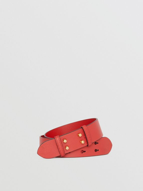 The Small Belt Bag Grainy Leather Belt in Bright Crimson Pink