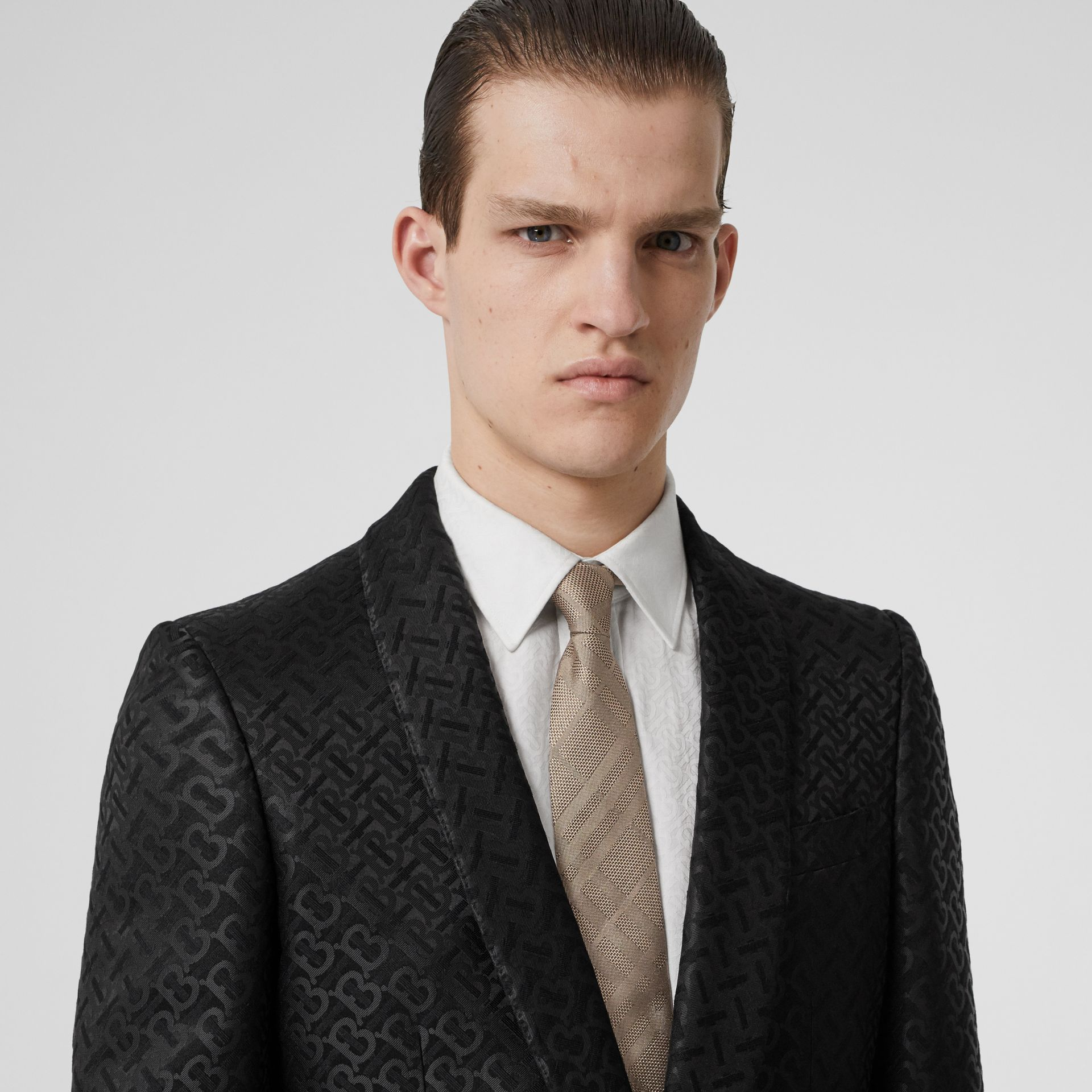 Classic Cut Check Silk Jacquard Tie in Archive Beige - Men | Burberry United Kingdom - gallery image 2
