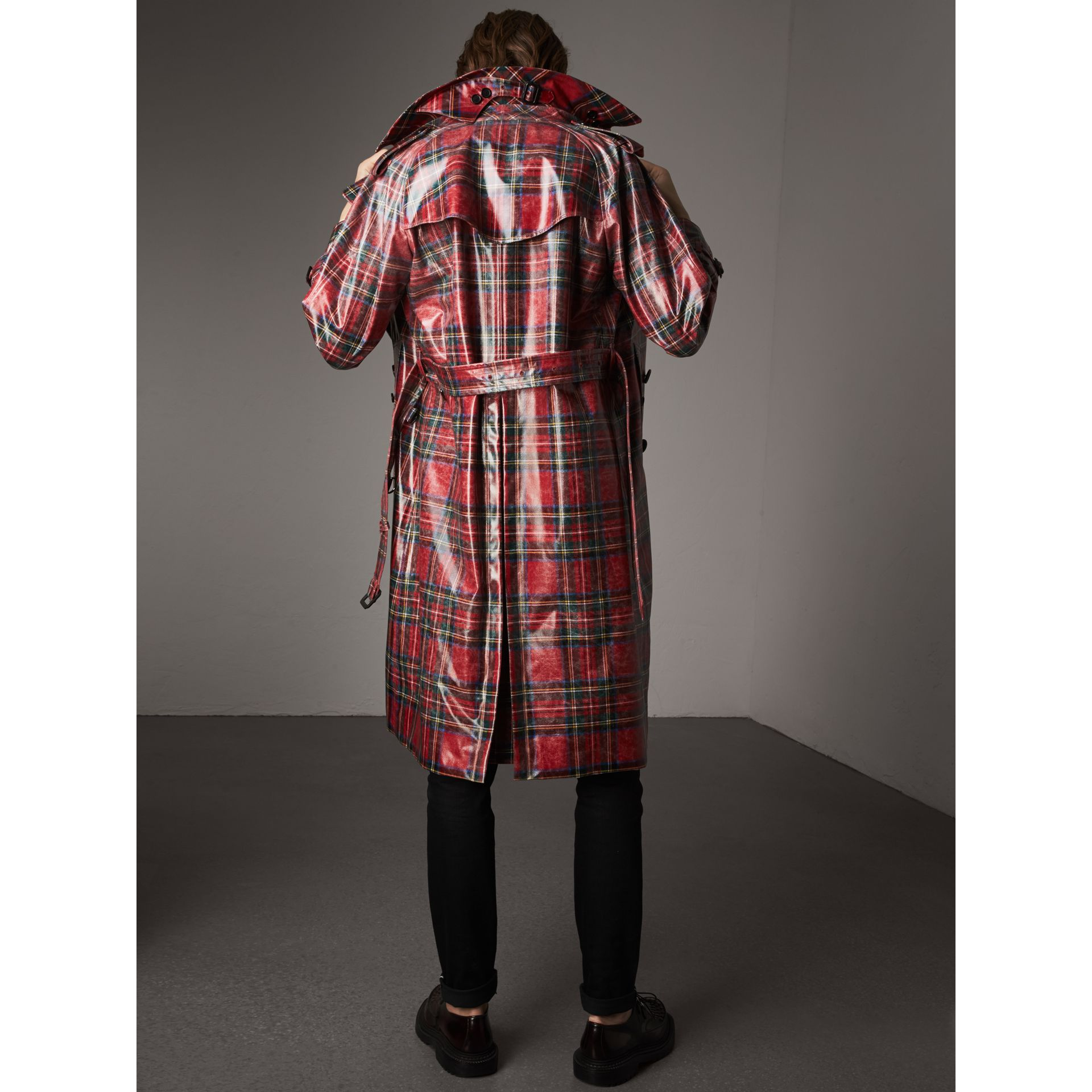Laminated Tartan Wool Trench Coat in Bright Red - Men | Burberry - gallery image 2