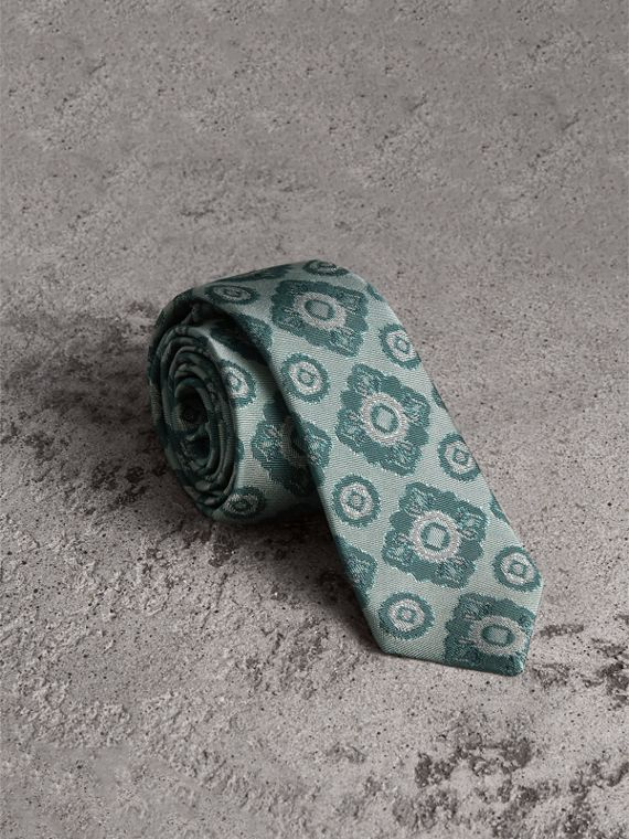 Slim Cut Tiled Floral Silk Jacquard Tie in Cyan Green