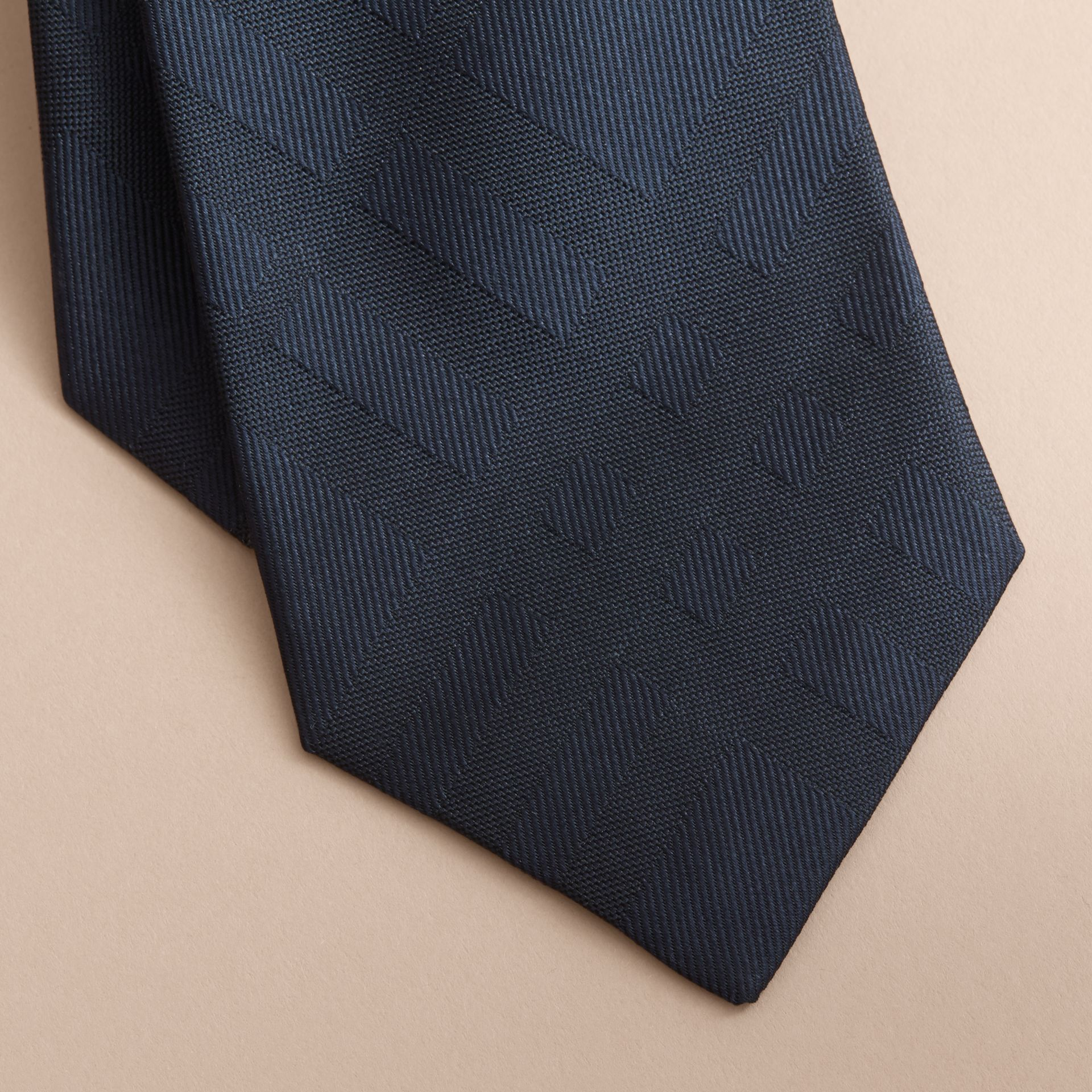 Classic Cut Check Silk Jacquard Tie in Navy - Men | Burberry Hong Kong - gallery image 2