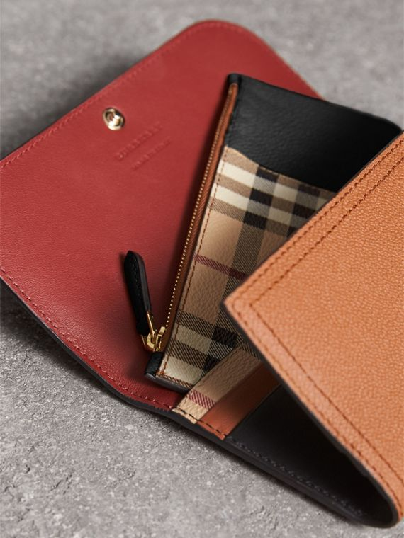Two-tone Leather Continental Wallet and Coin Case in Bright Toffee/ Multi - Women | Burberry - cell image 3