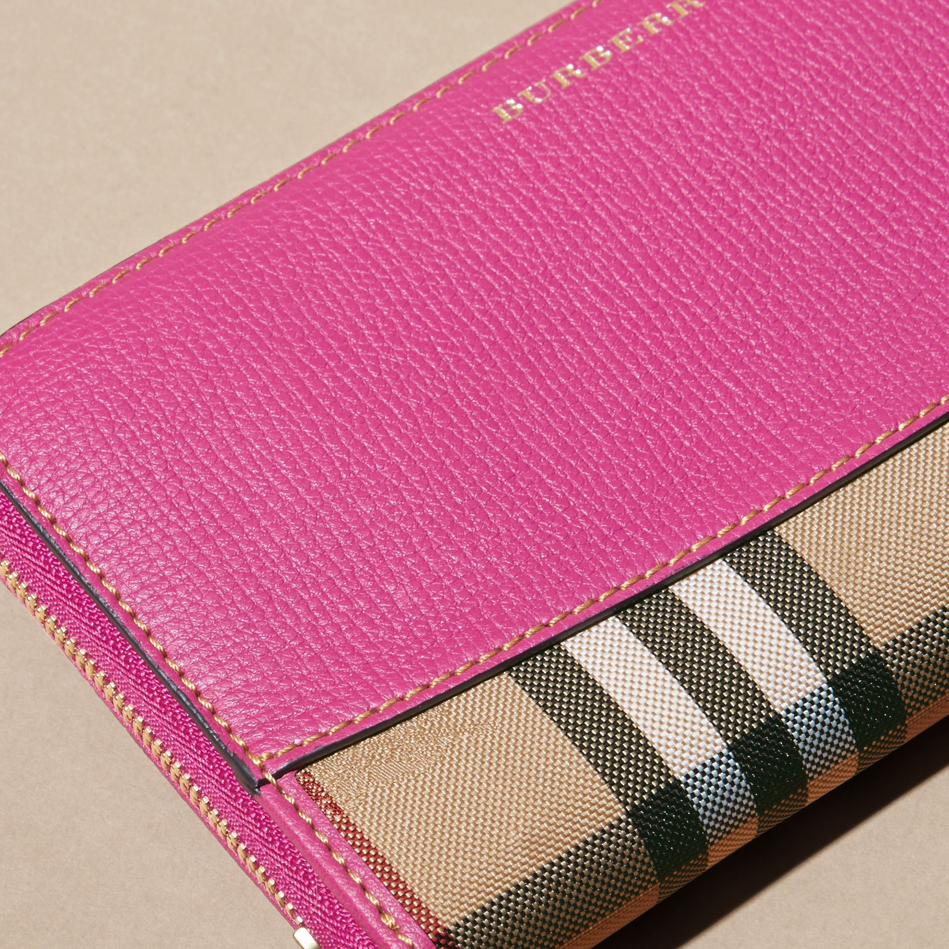 Brilliant fuchsia Horseferry Check and Leather Ziparound Wallet Brilliant Fuchsia - gallery image 2