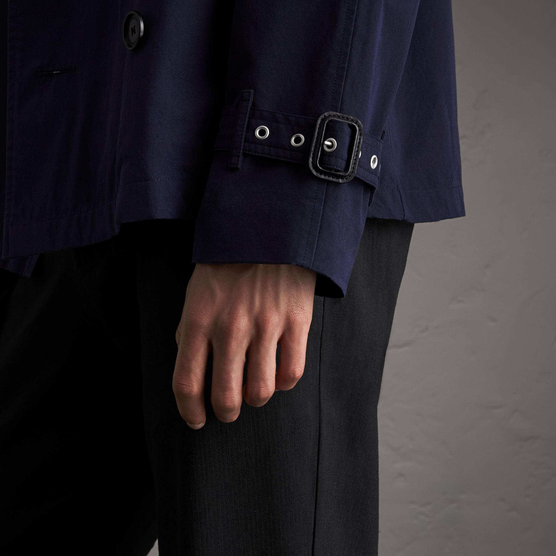 Unisex Tropical Gabardine Trench Jacket in Blueberry - Men | Burberry - gallery image 4