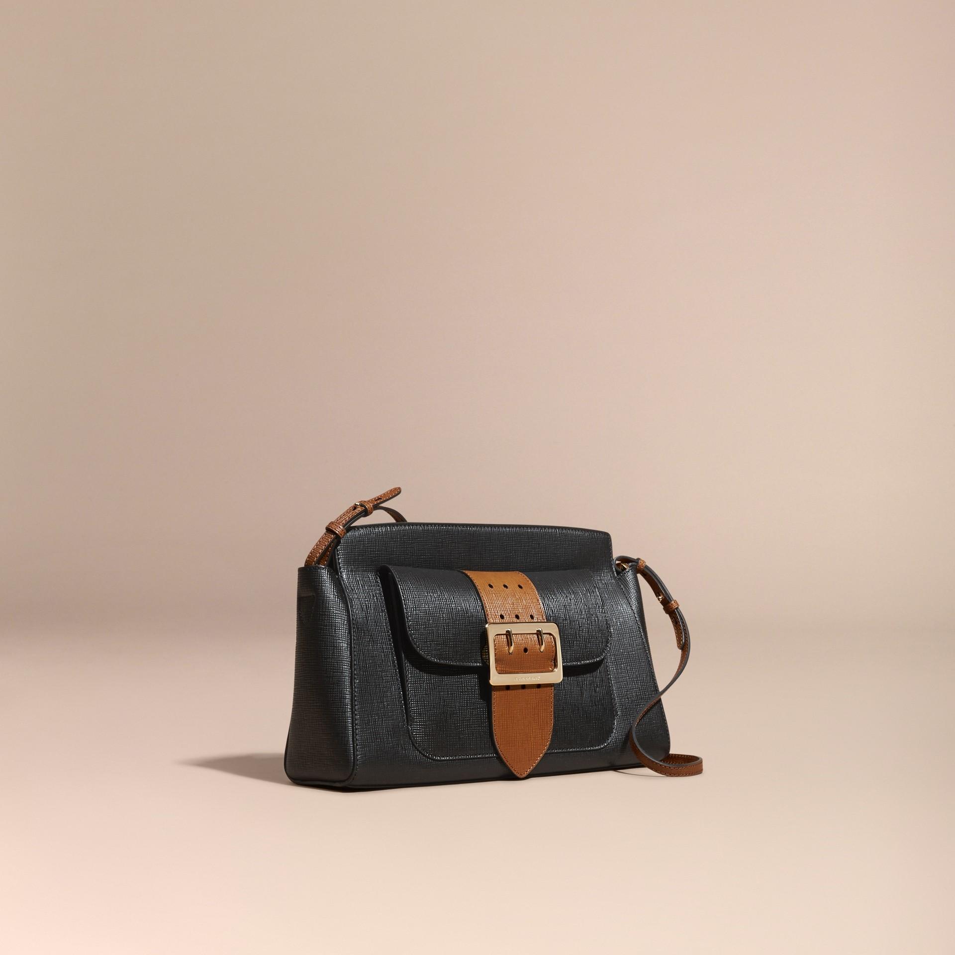 Черный Сумка-клатч Saddle из текстурной кожи - изображение 1