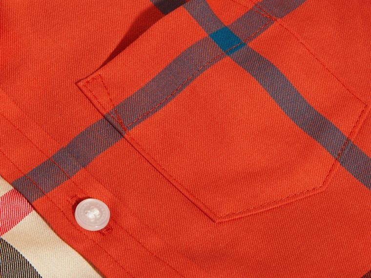 Short-sleeved Contrast Check Cotton Shirt in New Classic | Burberry - cell image 1