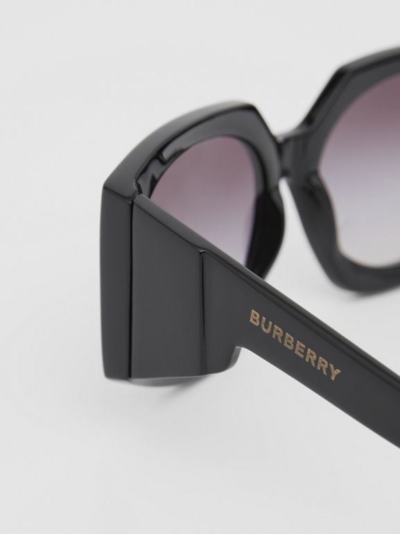 Geometric Frame Sunglasses in Black - Women | Burberry - cell image 1