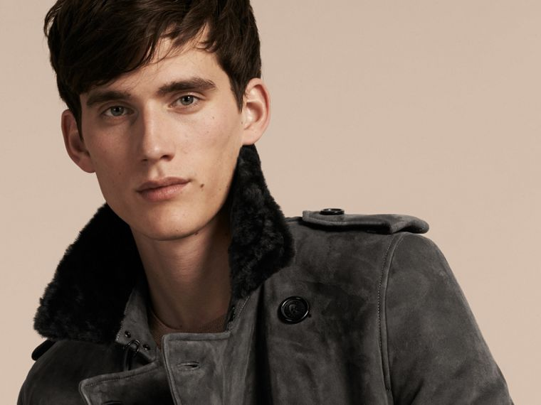 Nero fumo Trench coat in shearling - cell image 4