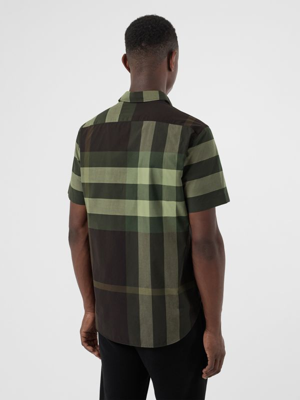 Short-sleeve Check Stretch Cotton Shirt in Dark Forest Green - Men | Burberry - cell image 2