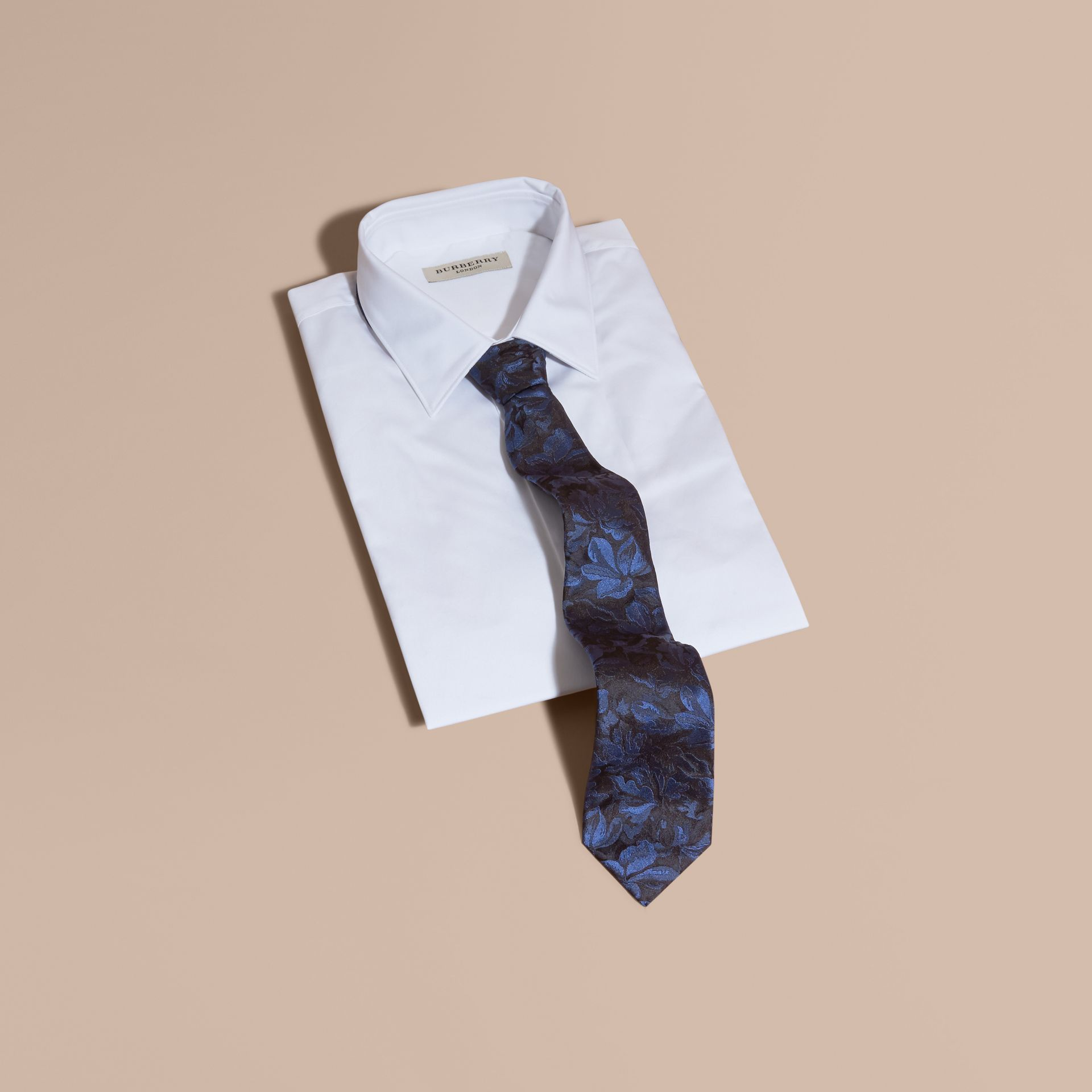 Modern Cut Floral Jacquard Silk Tie Navy - gallery image 4