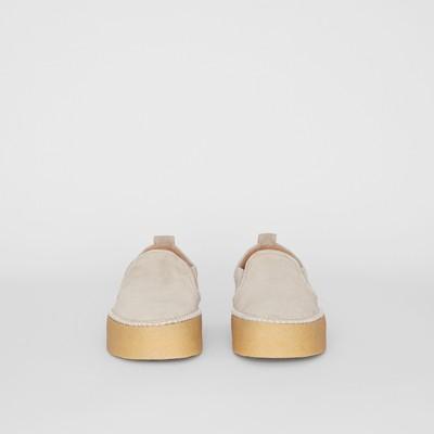 Burberry - Sportschuhe aus Veloursleder ohne Verschluss - 4