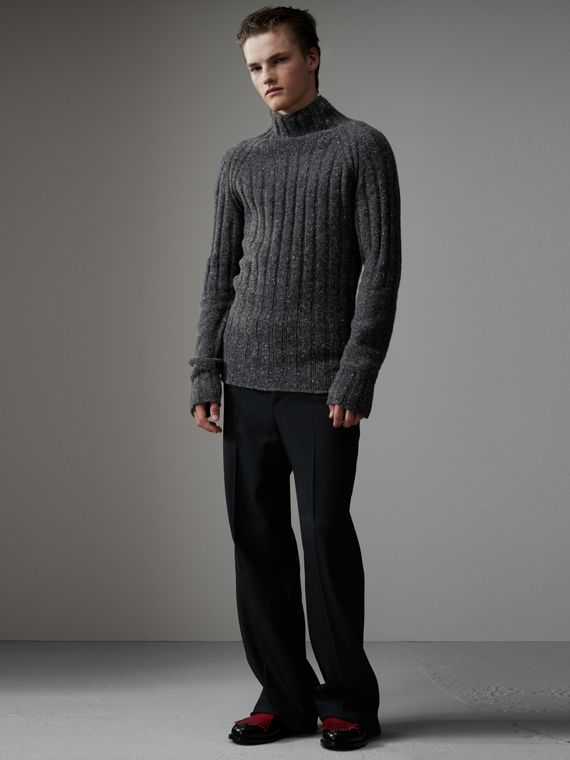 Rib Knit Wool Cashmere Turtleneck Sweater in Charcoal