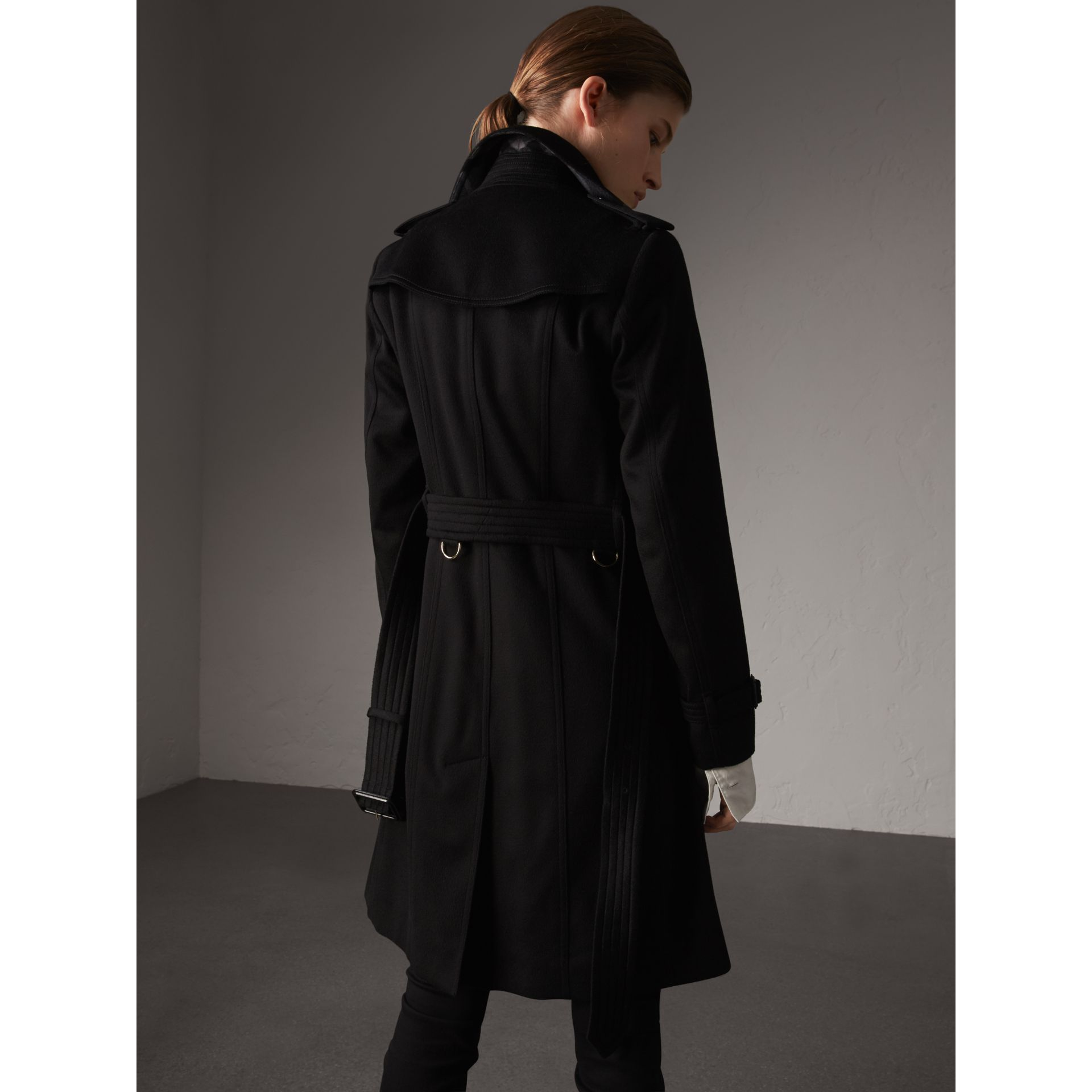 Sandringham Fit Cashmere Trench Coat in Black - Women | Burberry Canada - gallery image 2