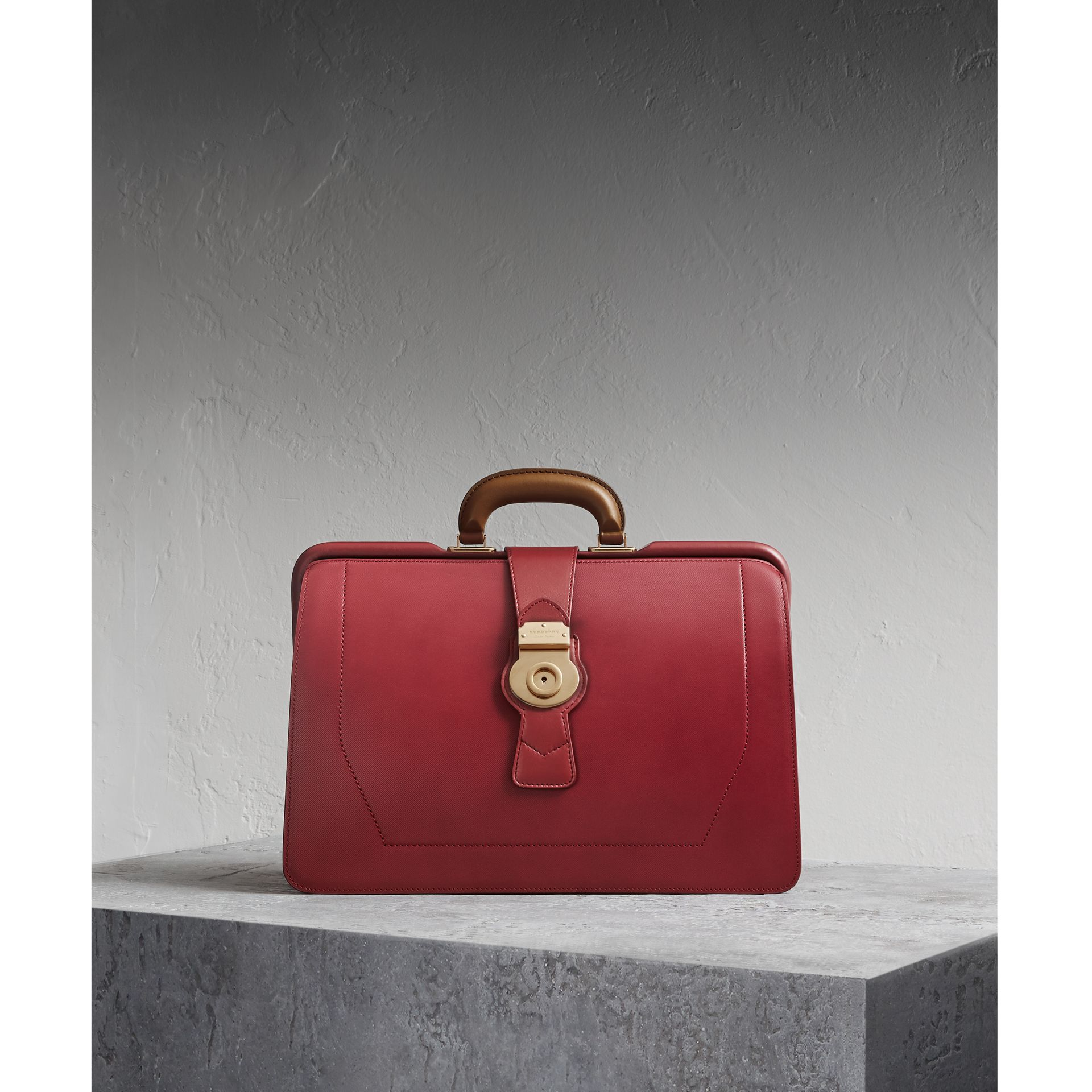 The DK88 Doctor's Bag Antique Red - gallery image 1
