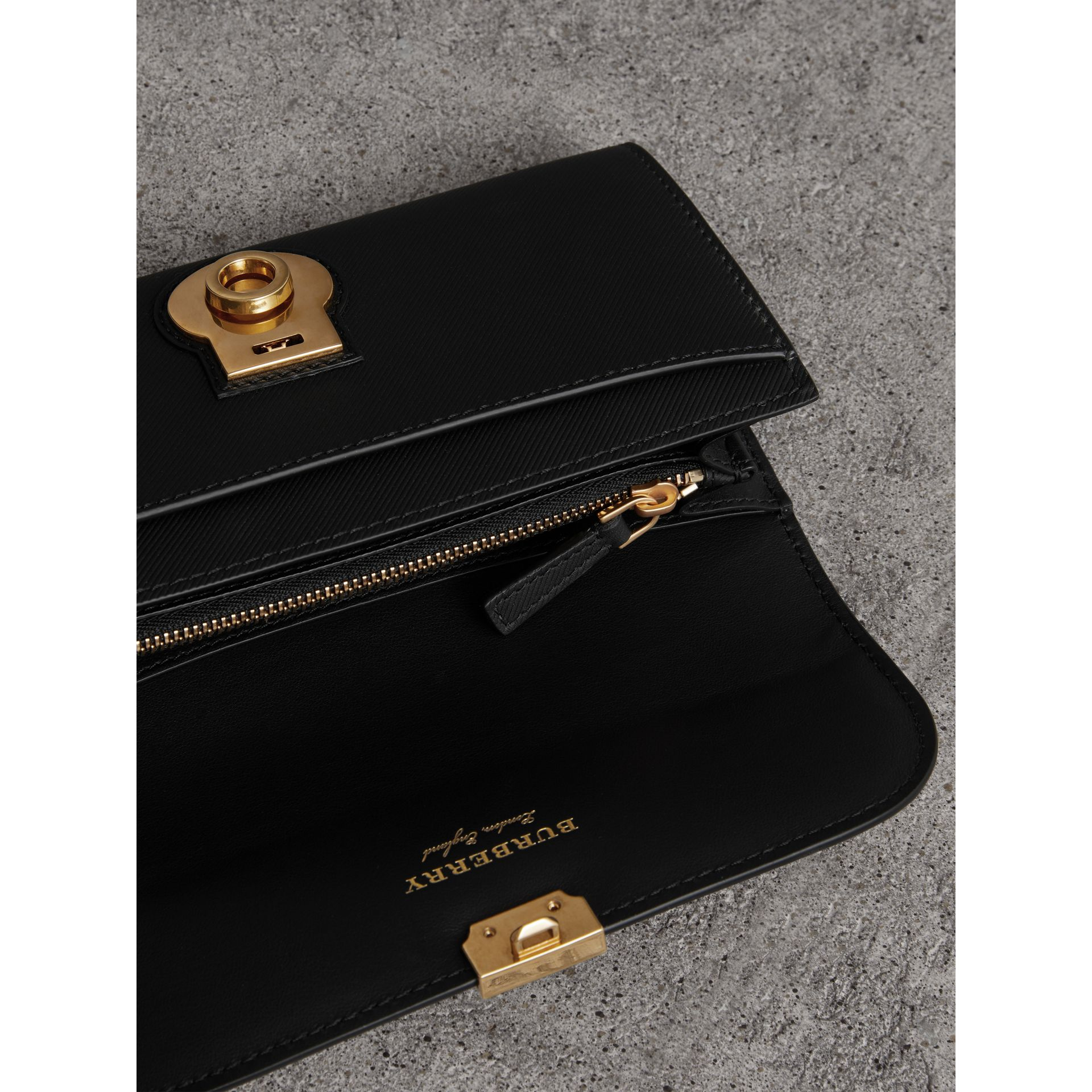 Trench Leather Continental Wallet in Black - Women | Burberry United States - gallery image 3