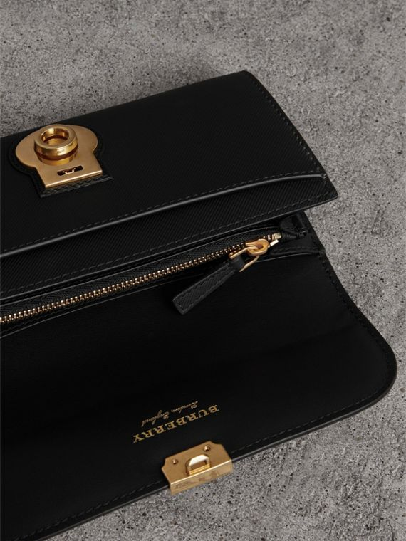 Trench Leather Continental Wallet in Black - Women | Burberry United States - cell image 3