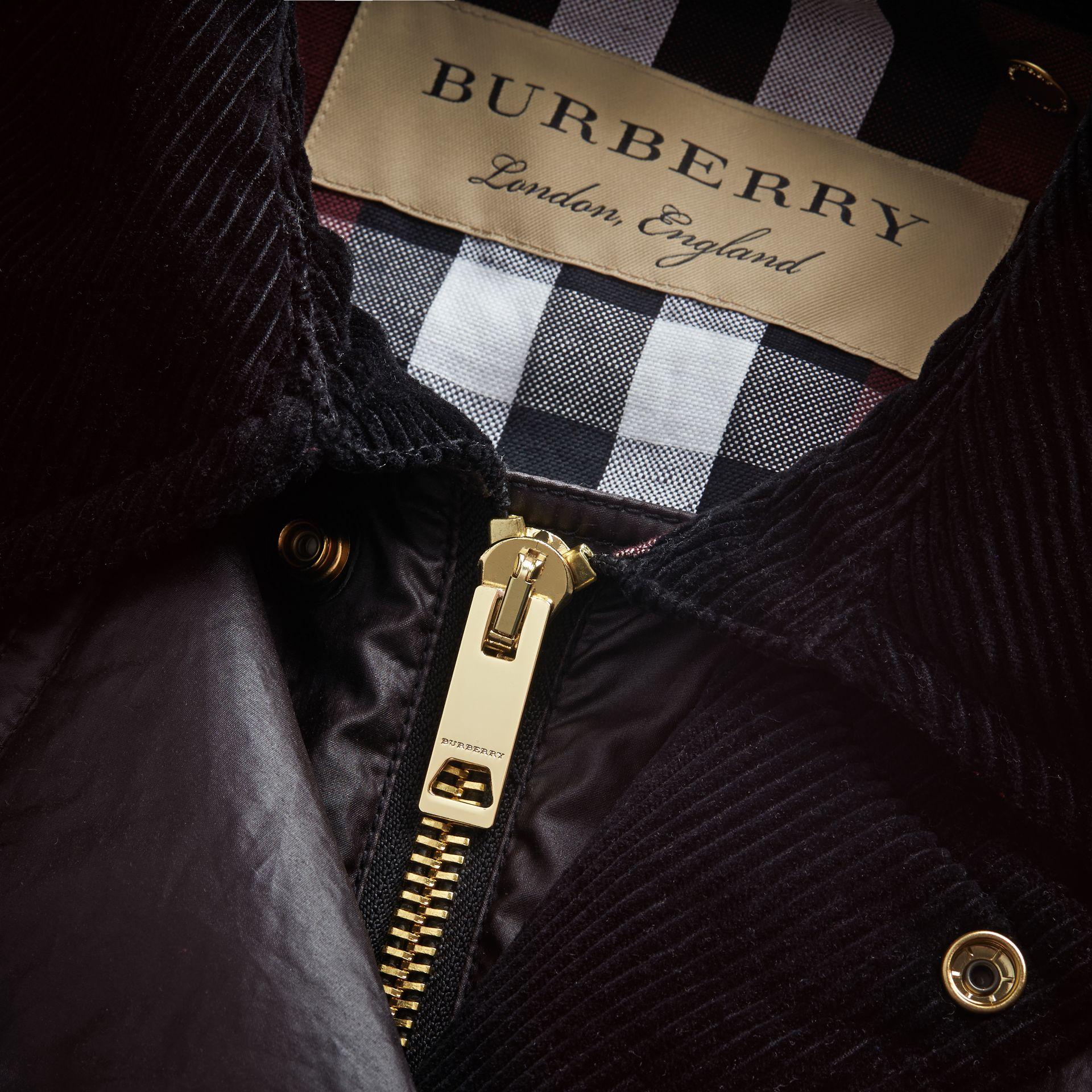 Cape Detail English-woven Waxed Cotton Field Jacket in Oxblood - Men | Burberry - gallery image 2