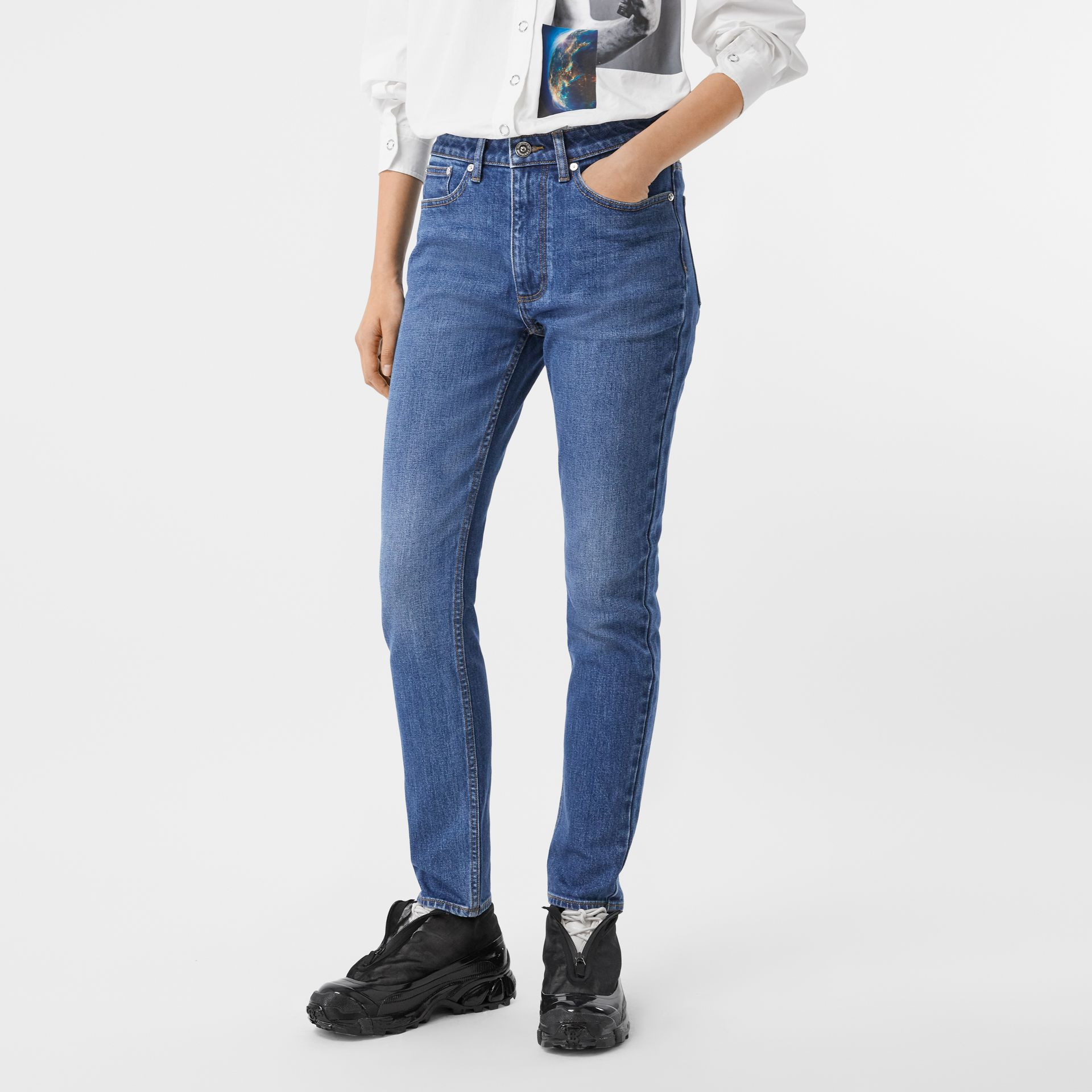 Straight Fit Japanese Stretch Denim Jeans in Indigo - Women | Burberry - gallery image 4