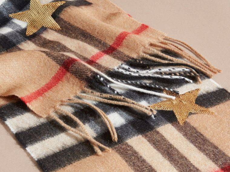 Sciarpa classica mini in cashmere con motivo tartan e stelle di paillettes